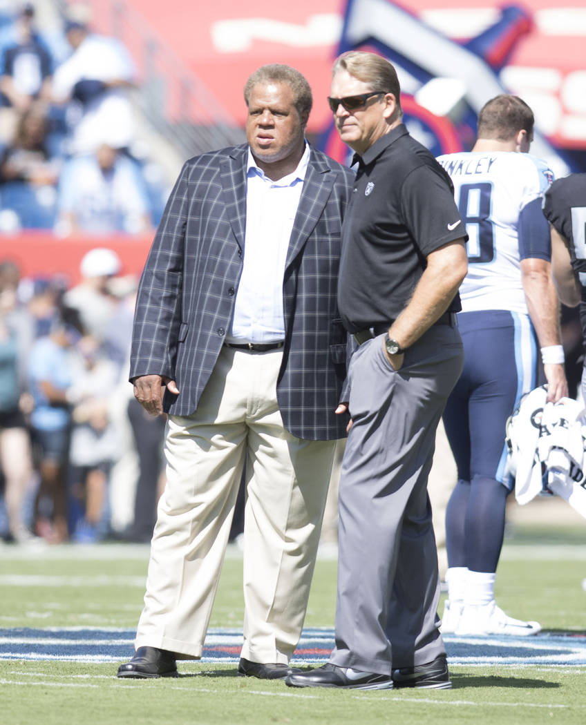 Oakland Raiders general manager Reggie McKenzie, left, with head coach Jack Del Rio prior to the their game against the Tennessee Titans at the Nissan Stadium in Nashville, Tenn., Sunday, Sept. 10 ...