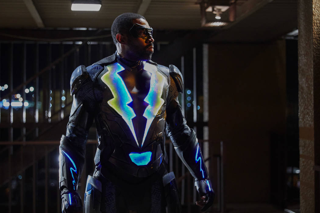 """Black Lightning -- """"The Resurrection"""" -- Image BLK101d_0100 -- Pictured: Cress Williams as Jefferson Pierce/Black Lightning -- Photo: Bob Mahoney/The CW -- © 2017 The CW Network, LLC. All rights  ..."""