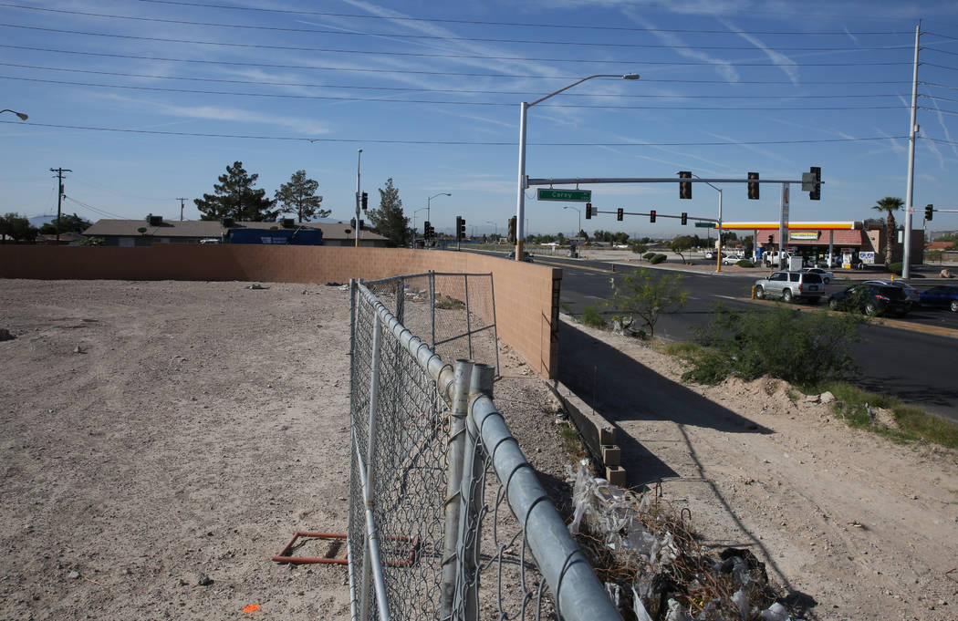 A vacant subdivision lot, left, at the Northeast corner of Lamb Boulevard and Carey Avenue photographed on Tuesday, April 24, 2018, in Las Vegas. Bizuayehu Tesfaye/Las Vegas Review-Journal @bizute ...