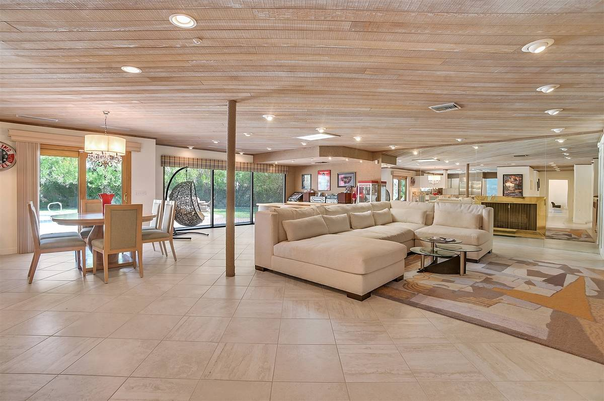 The family room. (Nartey Wilner Group)