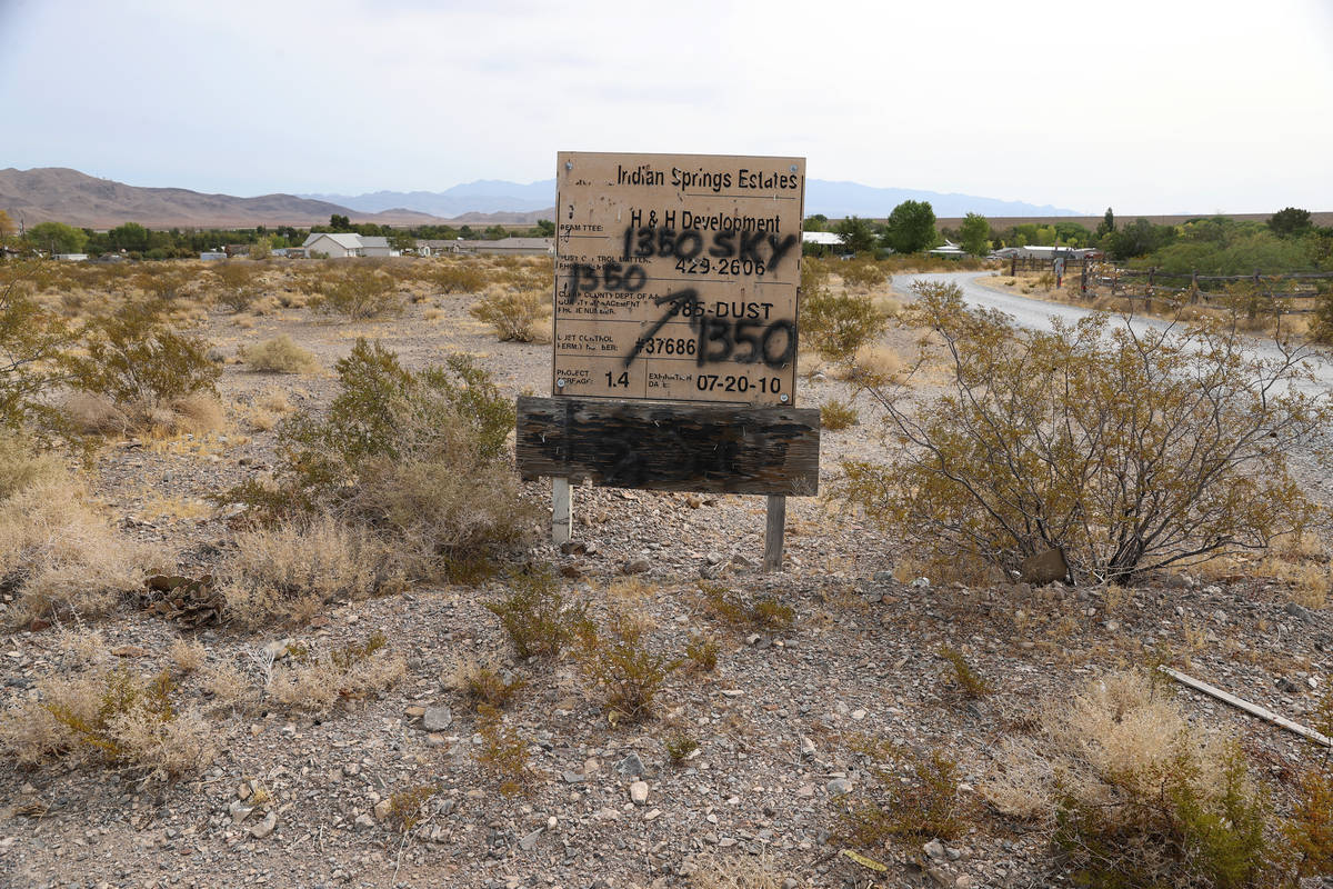 An old Indian Springs Estates sign in Indian Springs, Friday, Sept. 11, 2020. (Erik Verduzco / ...