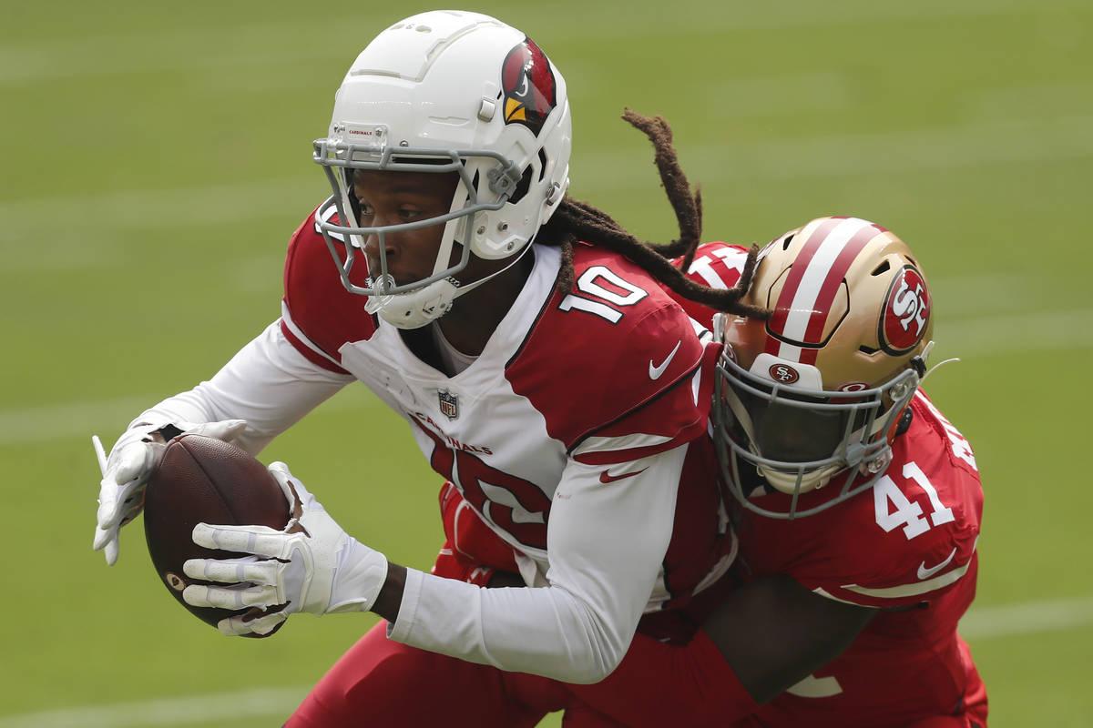 Arizona Cardinals wide receiver DeAndre Hopkins (10) catches a pass against San Francisco 49ers ...