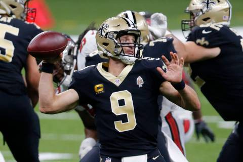 New Orleans Saints quarterback Drew Brees (9) passes in the second half of an NFL football game ...