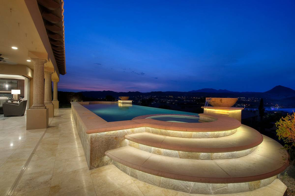 The spa. (Synergy Sotheby's International Realty)