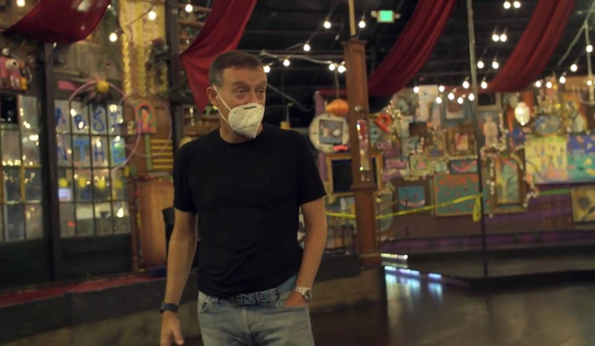 """Ross Mollison of Spiegelworld is shown in the first episode of the """"VEGASHITSHOW"""" YouTube serie ..."""