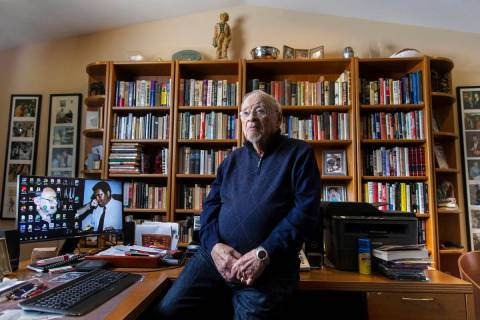 Long-time sports writer Jerry Izenberg at his home in Henderson on Friday, Jan. 31, 2020. (Benj ...
