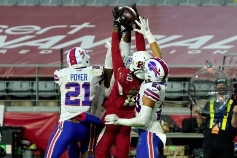 Arizona Cardinals wide receiver DeAndre Hopkins (10) pulls in the game winning touchdown pass a ...