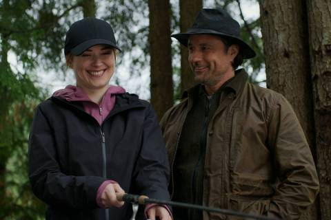 "Alexandra Breckenridge, left, as Melinda Monroe, Martin Henderson as Jack Sheridan of ""Virgin R ..."