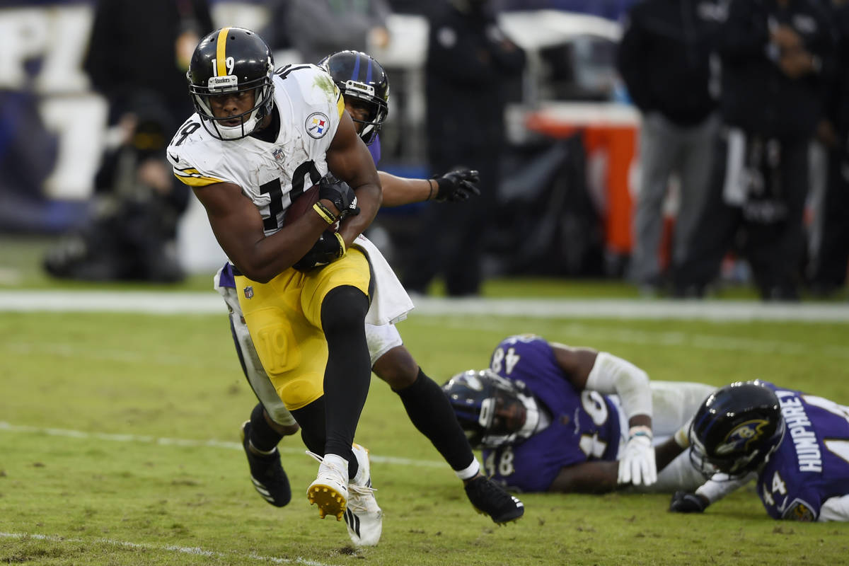 Pittsburgh Steelers JuJu Smith-Schuster during the second half of an NFL football game, Sunday, ...