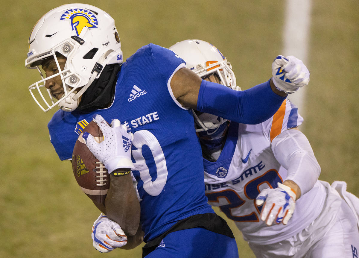 San Jose State Spartans wide receiver Tre Walker (10) makes a reception over Boise State Bronco ...