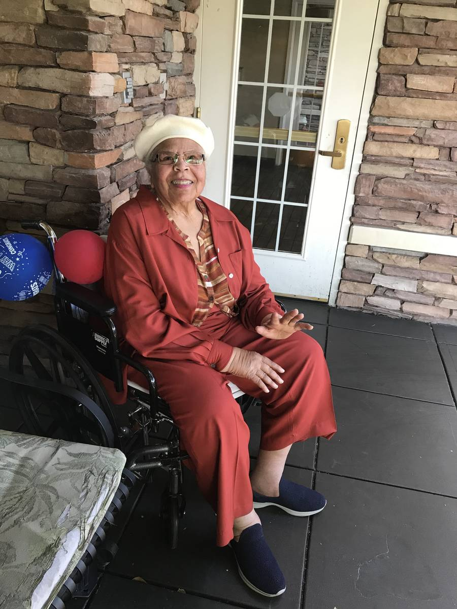 Barbara Tinch, then 86, smiles for a photo at her home at The Heights of Summerlin late last ye ...