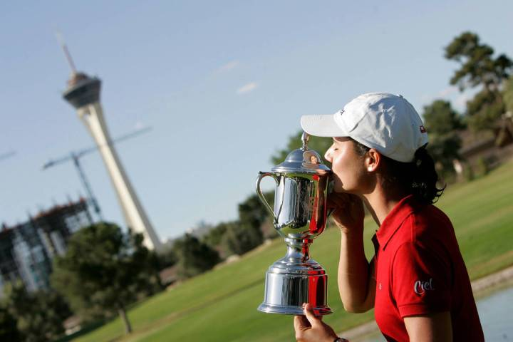 Lorena Ochoa of Mexico kisses the trophy after she won the LPGA Takefuji Classic at the Las Veg ...