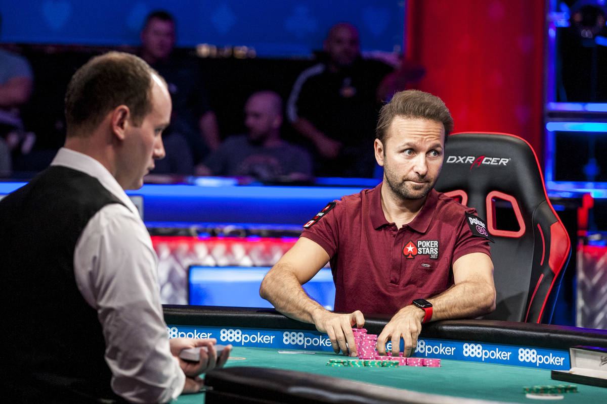 Daniel Negreanu competes against Abe Mosseri in the $10,000 Omaha Hi-Lo 8 or Better at the Worl ...