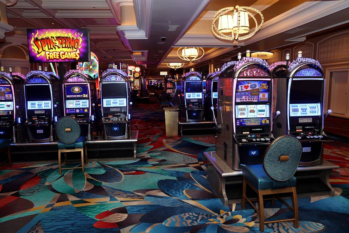 Las Vegas police are trying to solve several thefts of slot machine cash boxes from casinos in ...