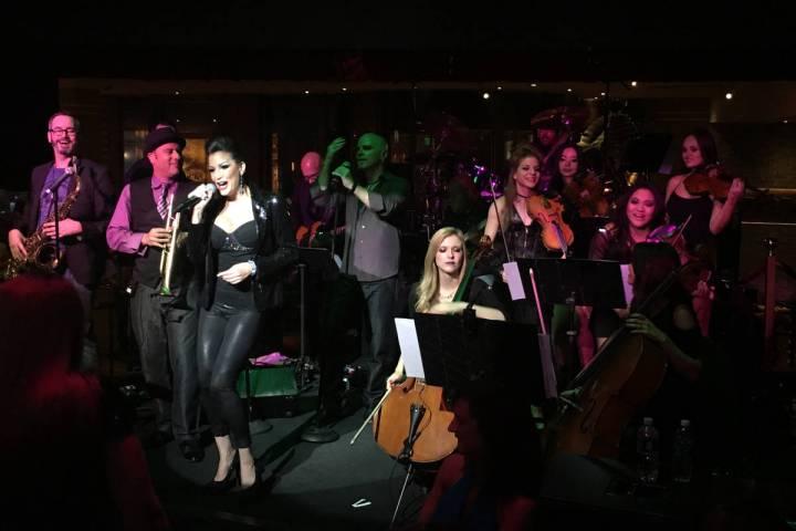 David Perrico's Pop Strings performs at Cleopatra's Barge at Caesars Palace in 2016. (John Kats ...