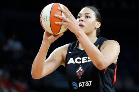 Las Vegas Aces' Liz Cambage (8) plays against the Washington Mystics during the first half of G ...