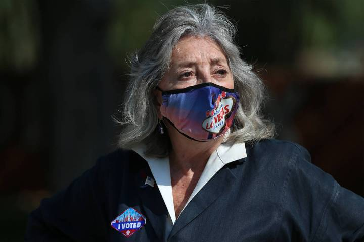 U.S. Rep. Dina Titus, D-Nev., center, participate during an early vote kick off event at UNLV i ...