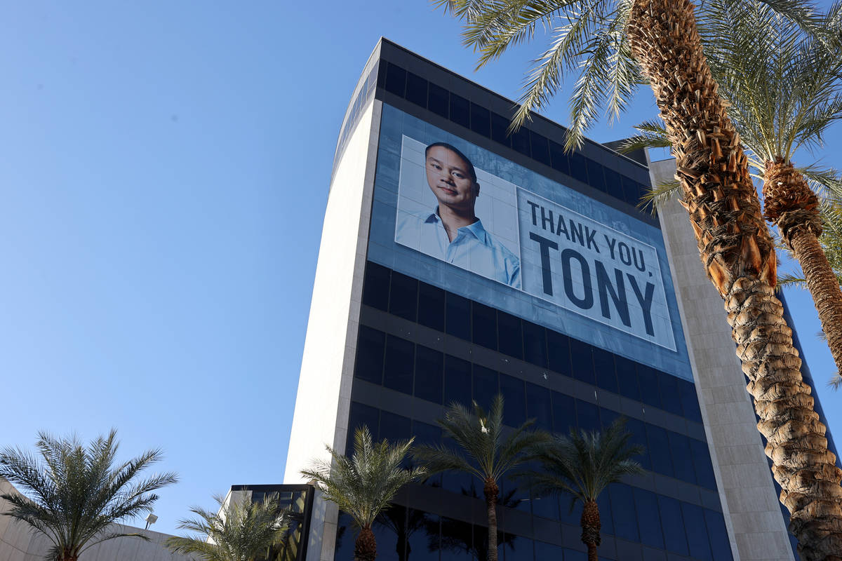 Tony Hsieh was honored by a building wrap on Zappos headquarters in downtown Las Vegas on Jan. ...