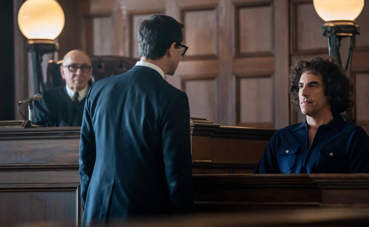 From left, Frank Langella, Joseph Gordon-Levitt and acting nominee Sasha Baron Cohen as Abbey H ...
