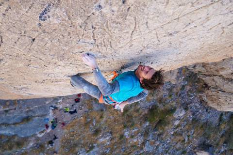 Adrian Ballinger climbs Fall of Man at Virgin River Gorge. (Emily Harrington)
