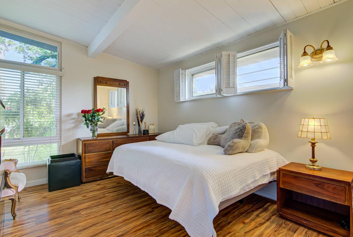A bedroom at 17964 Keswick St. in Reseda, Calif. (Luan Pernia/Luxury Video Tour)