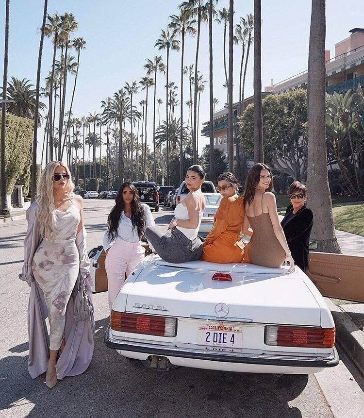 From left, Khloe Kardashian, Kim Kardashian West, Kylie Jenner, Kourtney Kardashian, Kendall Je ...