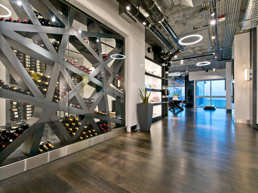 The penthouse has a modern design. (Elite Realty)