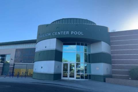 Pavilion Center Pool in Summerlin. (Las Vegas Review-Journal)