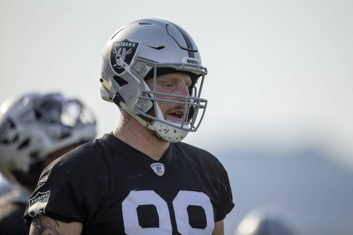 Raiders defensive end Maxx Crosby (98) during an NFL football practice on Wednesday, June 16, 2 ...