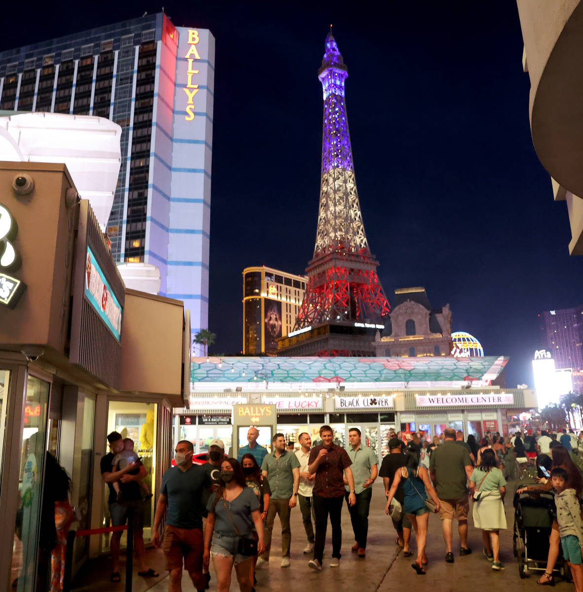 Crowds in front of Ballys on the Strip in Las Vegas Friday, May 28, 2021. (K.M. Cannon/Las Vega ...