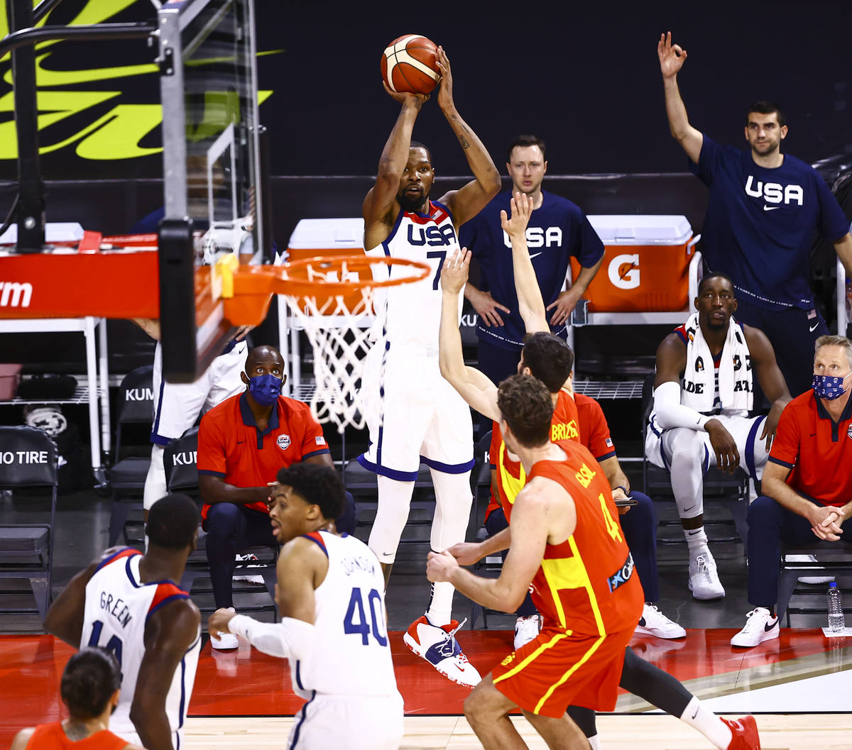United States forward Kevin Durant (7) shoots during the first half of an exhibition basketball ...