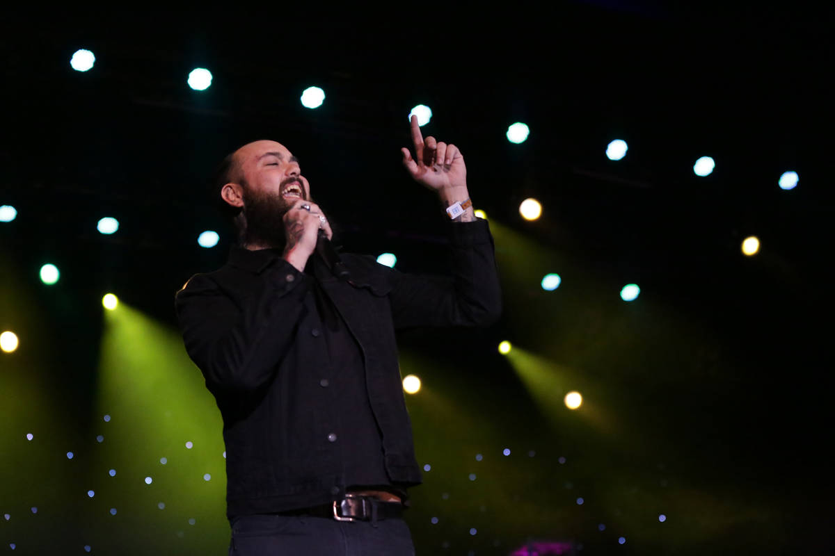 Delta Bombers vocalist, Chris Moinichen, entertains a late night crowd at the Deke Dickerson Gu ...