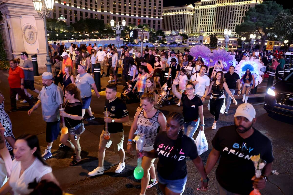 Crowds in front of the Bellagio on the Strip in Las Vegas Friday, May 28, 2021. (K.M. Cannon/La ...