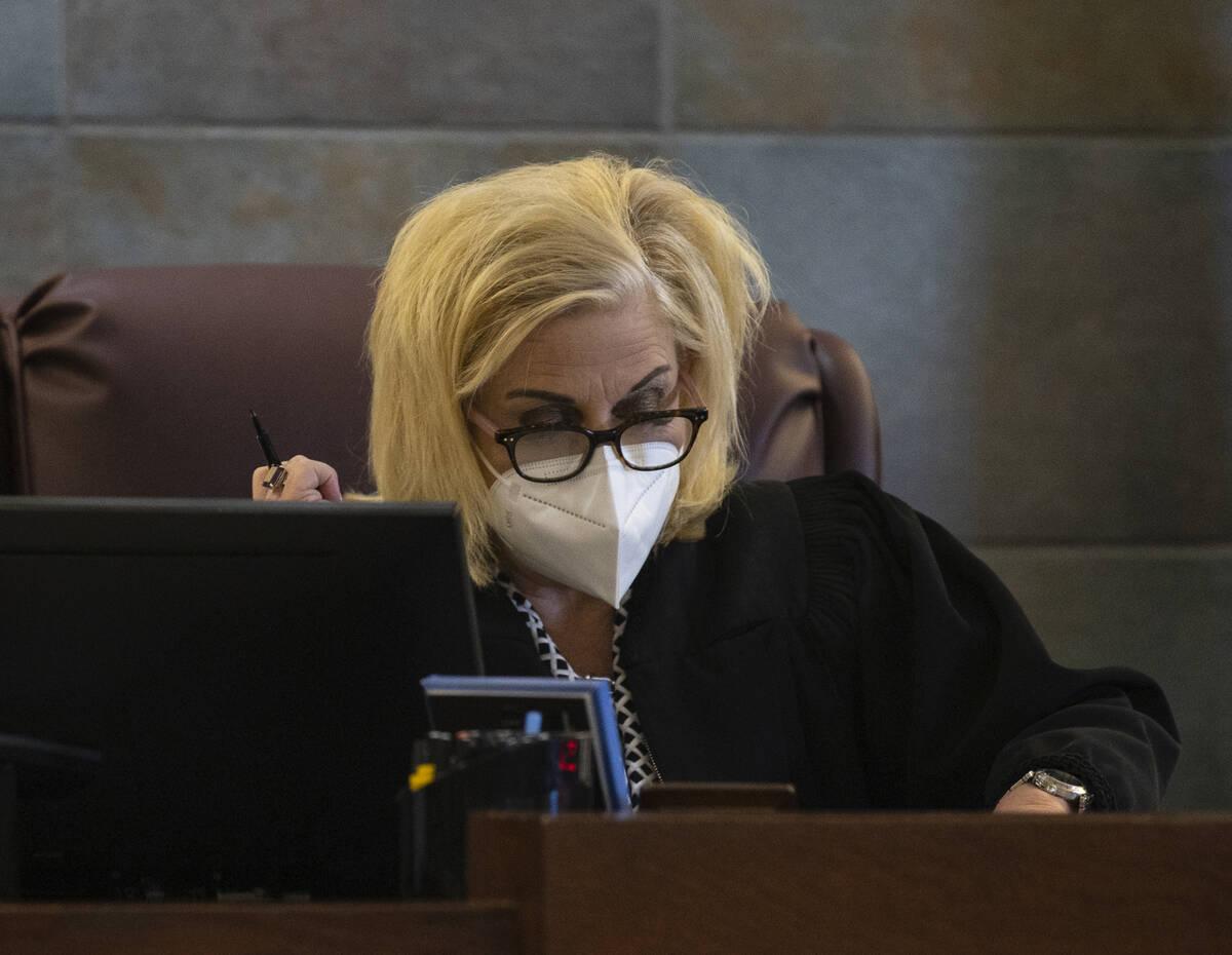 District Judge Michelle Leavitt reads Jarrid JohnsonÕs sentencing at the Regional Justice ...