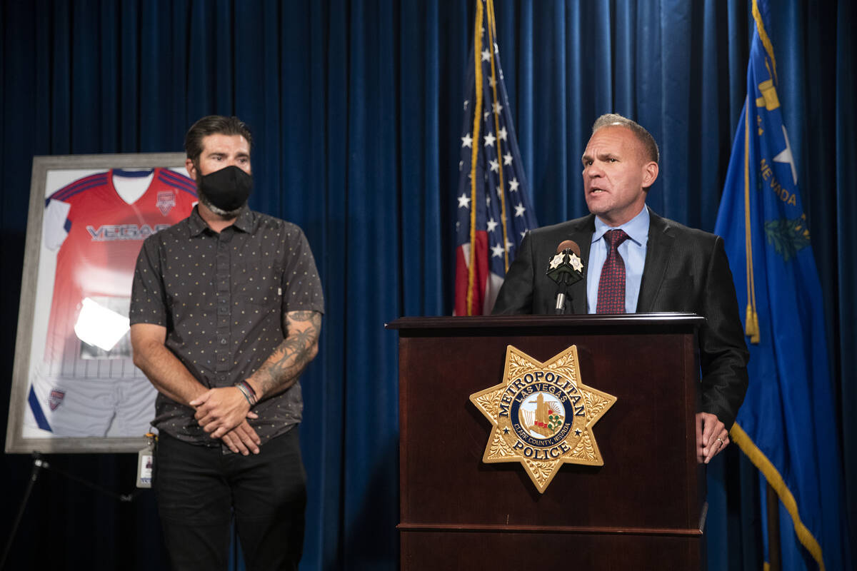 Capt. John Pelletier, right, and Lee Gugino give a press conference about 17-year-old Mia Gugin ...