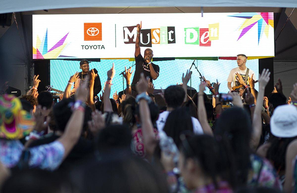 Odie, center, performs at the Toyota Music Den during the final day of the Life is Beautiful fe ...