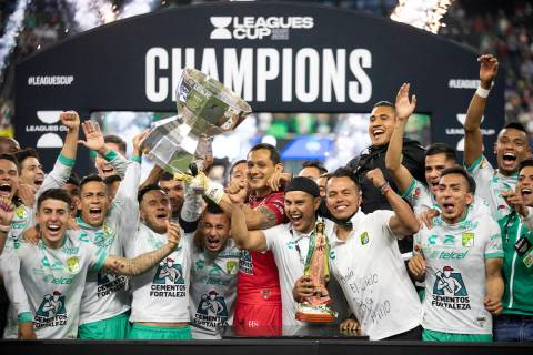 LIGA MX's Club Leon celebrate a win against MLS' Seattle Sounders after the Leagues Cup Final m ...