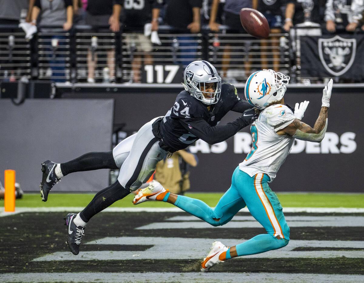 Las Vegas Raiders defensive back Johnathan Abram (24) defends a touchdown throw to Miami Dolphi ...