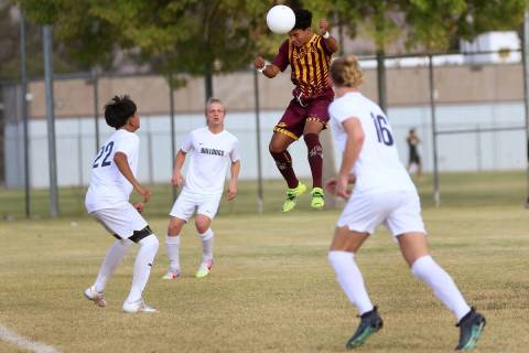 Del Sol's Adrian Figueroa-Corrales (10) connects with the ball for a score during the first hal ...